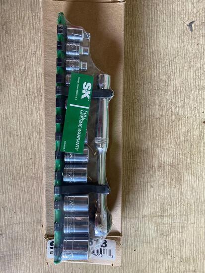 New in box S&K 13 piece SAE Socket set