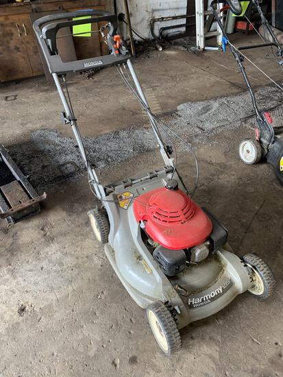 22 inch self propelled mower