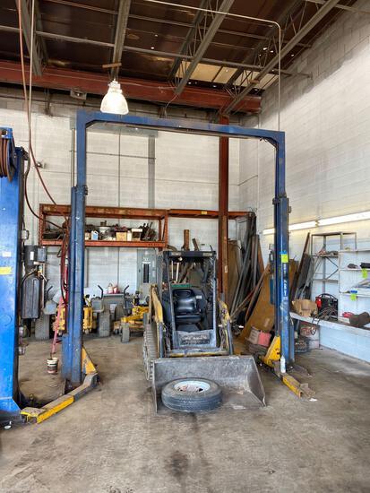 Rotary 9000 lb 2 post auto lift