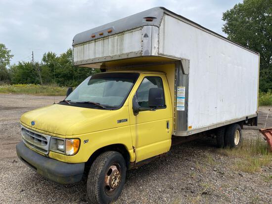 1997 Ford Econoline Box Truck