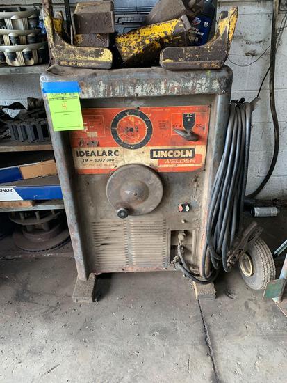 Lincoln ac/dc welder