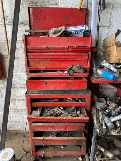 Rolling toolbox with contents. See pics.