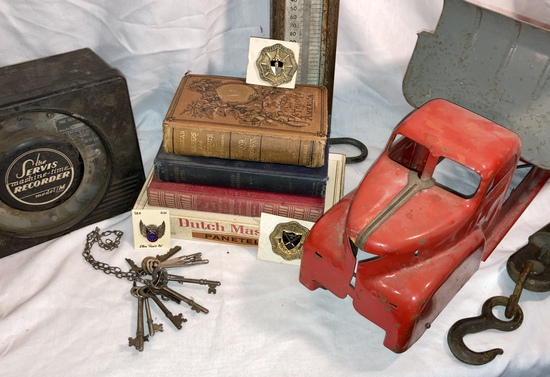Historical Antiques & Military Memorabilia