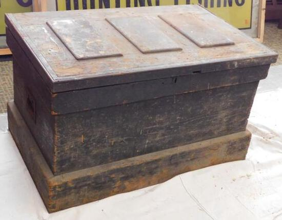 Antique Cabinet Makers Tool Chest