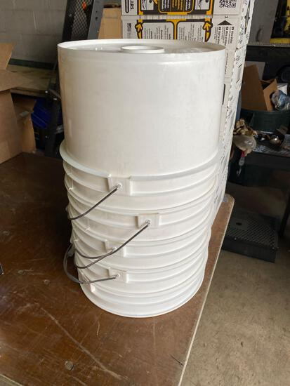 (5) 3 gal new buckets