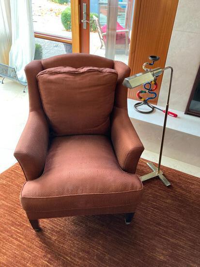 Elegant Dapha Upholstered Side Chair