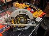 18 volt dewalt cordless Circular saw