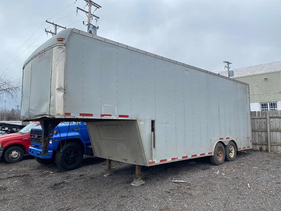 United Expresslines Inc UXT 28ft Gooseneck Box Trailer