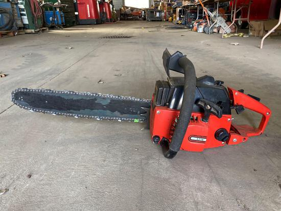 Craftsman Chainsaw w/ Case