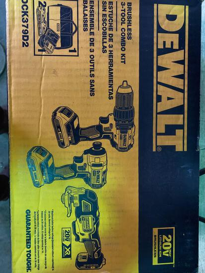 New in Box Dewalt 20v Lithium Ion 3 Tool Combo Set