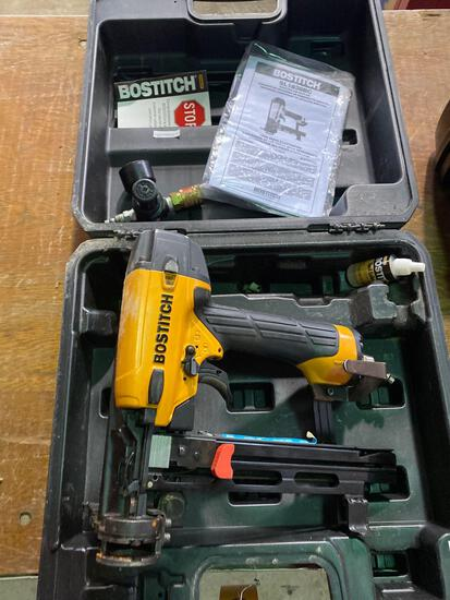 Like New Bostich SL1838BC Cap Nailer