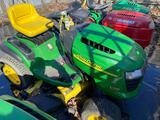 John Deere L100 Riding Lawn Mower