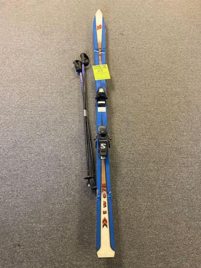 KR USA model two-78 Snow Skis and poles