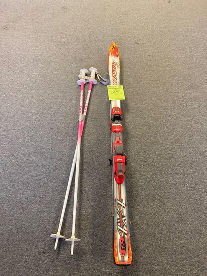 Dynastar 4x4 Snow Skis and poles