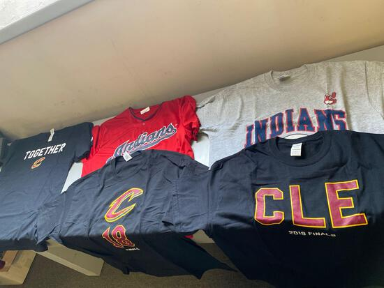 Lot of (5) Cleveland XL game handout T shirts