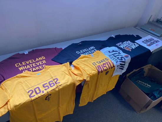 Lot of (5) Cleveland XL game handout T shirts and towels