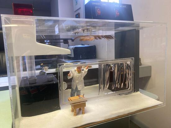 Lot 9...salesman's model of ventilation system with 2 working motorized vents in acrylic case with