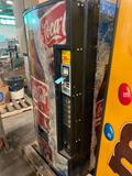 Coca Cola Soda Vending machine, with bill changer, working condition
