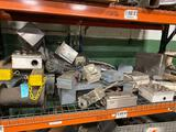 Large batch of hydraulic motors and control boxes