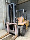 Caterpillar/TowMotor 24,000 lb Gas Forklift