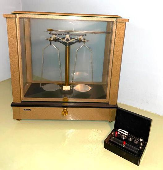 Brass Antique Ainsworth Analytical Precision Balance Scale No. 34582 Circa 1930?s