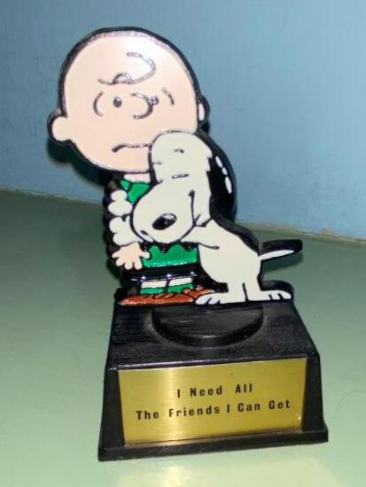 "Rare Charlie Brown Figurine "" I Need All the Friends i Can Get"""