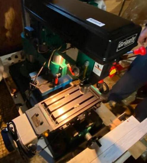 Grizzly 12 Speed Radial Drill Press on Rolling Cart