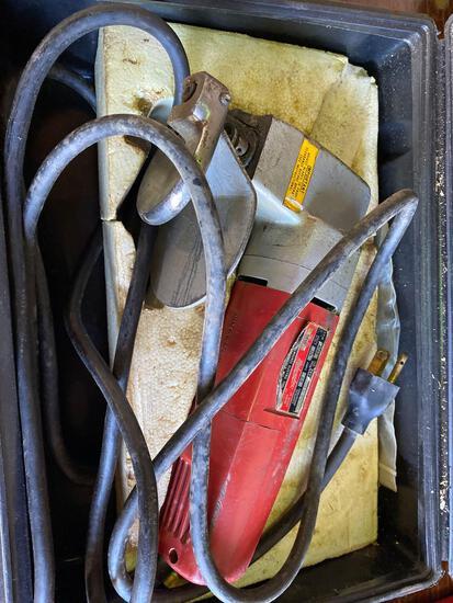 Milwaukee 110v 14 gauge Metal Shear