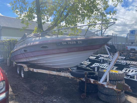 1989 22ft Maxum Boat w/ Trailer