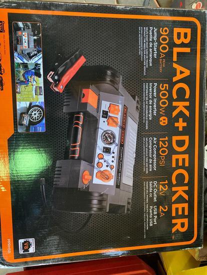 Black & Decker 900amp Jump Pack/Power Inverter/Air Compressor/USB port Unit