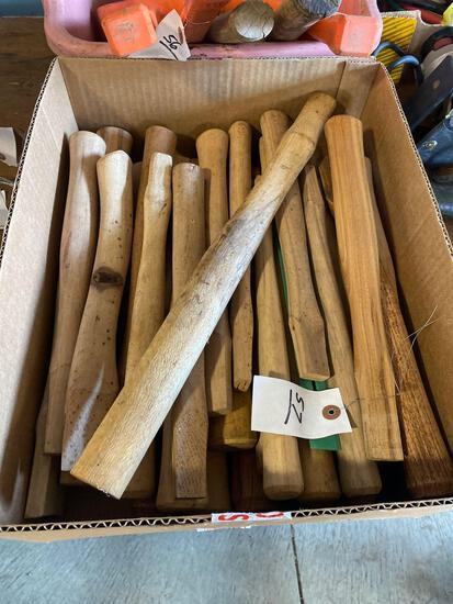 Box of Wooden Hammer/Axe Handles