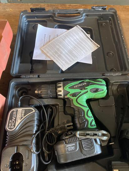 Hitachi 18v Cordless Drill w/ 2 batteries and charger
