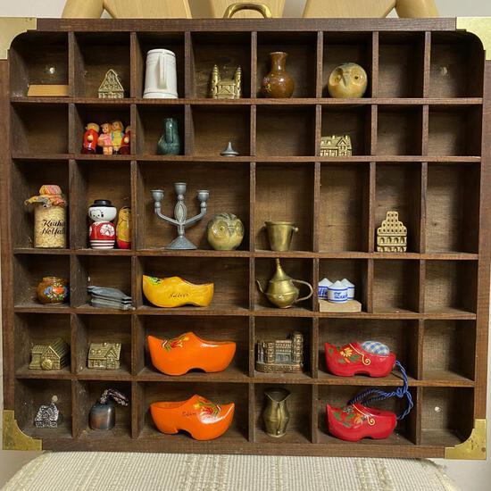 MINIATURE COLLECTION WITH SHELF