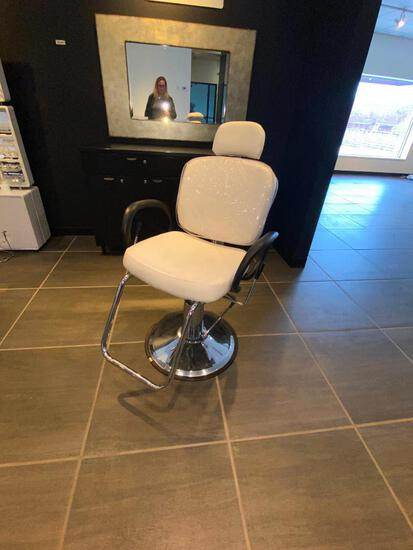 WHITE LEATHERETTE RECLINING AESTHETICIAN / MAKE UP ARTISTS CHAIR WITH CHROME BASE