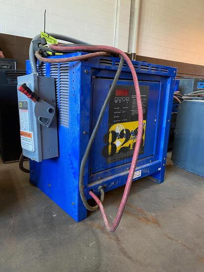 Power House SCR Industrial Battery Charger with Heavy Duty Safety Switch
