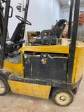 Yale Lift Truck Forklift Has Batteries/ Needs Work