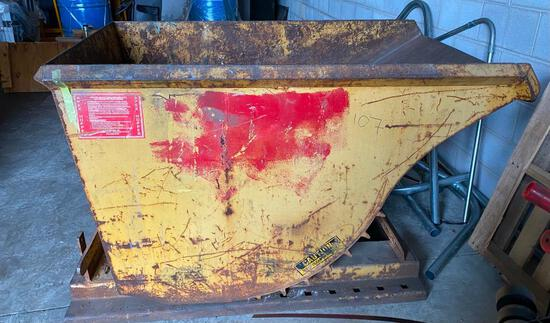 Apex Self-Dumping Scrap Hopper