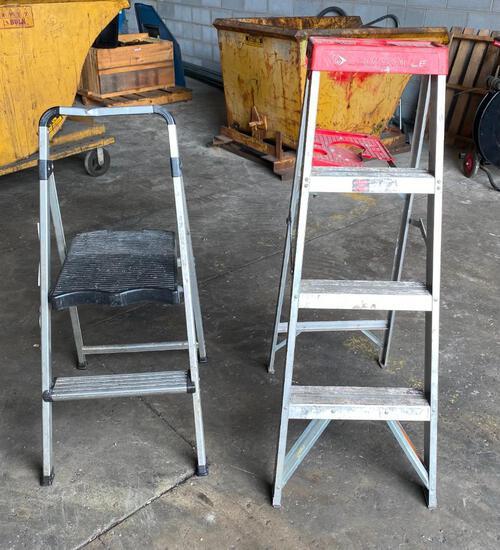 4ft Louisville Ladder, and 3ft Stepladder