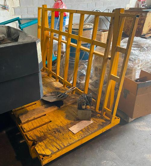 Steel stackable shipping crate
