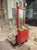 MultiTon Mod SM20 110v Electric Lift, 2000 lb max cap