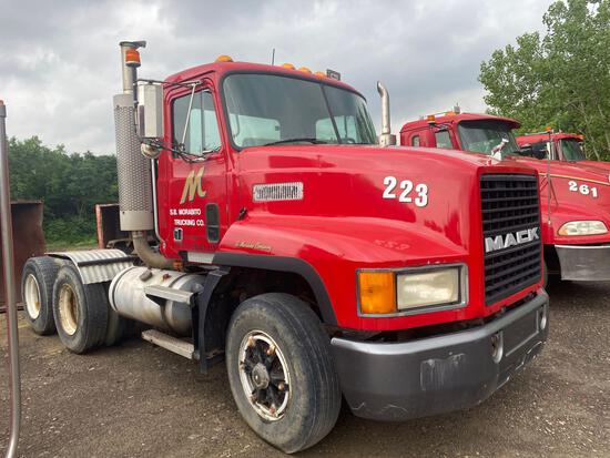 1994 Mack CH613 Tractor