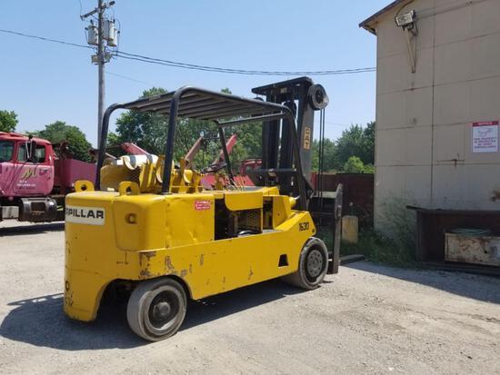 Caterpillar Model T200, LP 20,000 Lb Cap Forklift