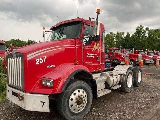 1999 Kenworth T800 Tractor