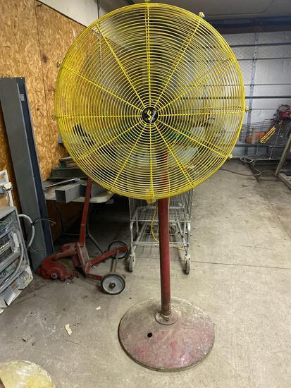 """Jan-Fan 32"""" industrial standing fan"""