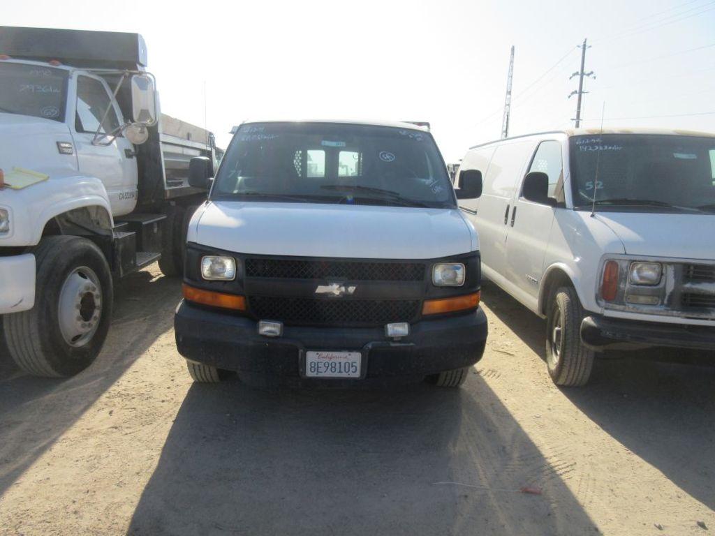 2004 Chevy 3500 Van