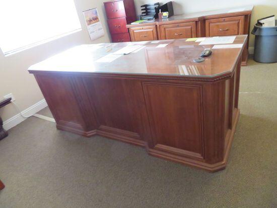 Desk w/Credenza
