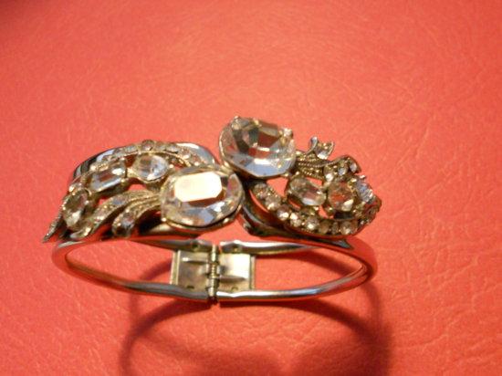 Vintage Rhinestone Hinged Bracelet