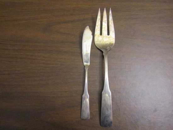 Vintage Lot of 2 Towle T Serving Fork and Knife
