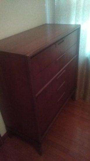 Vintage 5 Drawer Dresser