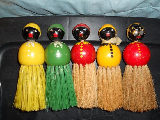 Lot of 5, Black Americana Wisk/Crumb Brushes